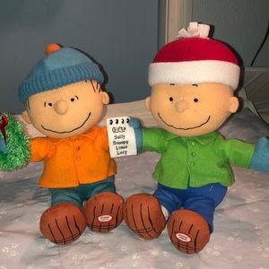 PEANUTS characters Charlie Brown & Linus ❤️